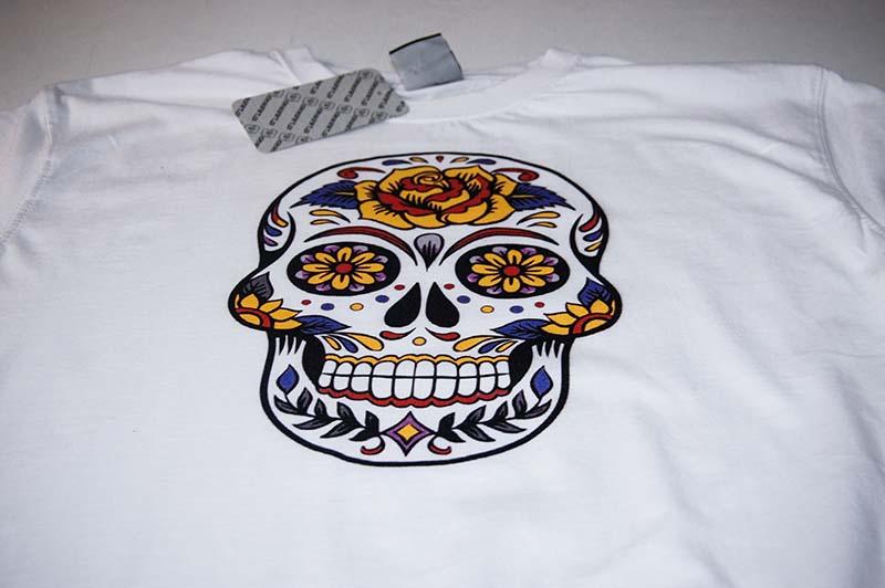 koszulka-z-czaszka