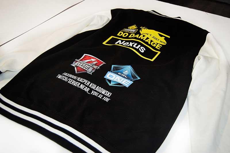 bluza-z-nadrukiem-e-gamingowa